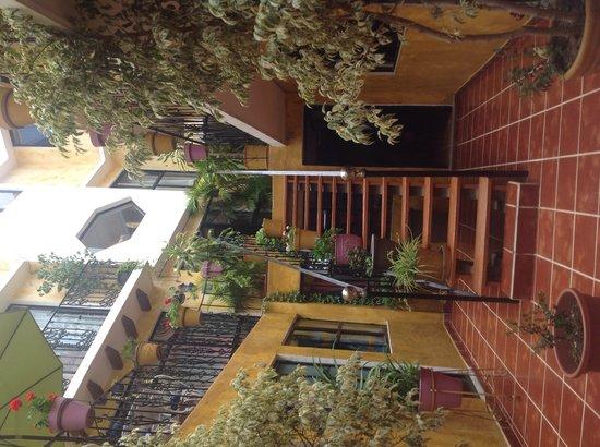 Casa Mexicana: Patio central