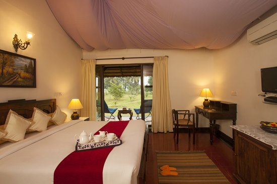 Red Earth Resort Cottage with King bed