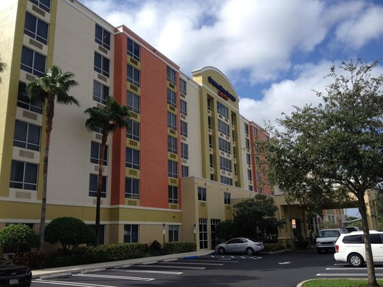 SpringHill Suites Miami Airport South: Frente do Hotel