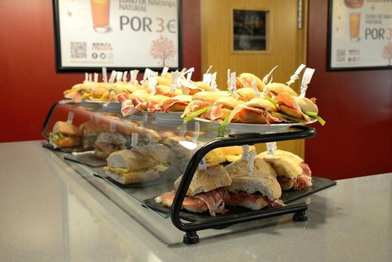 Restaurante Ñam: Amplia variedad