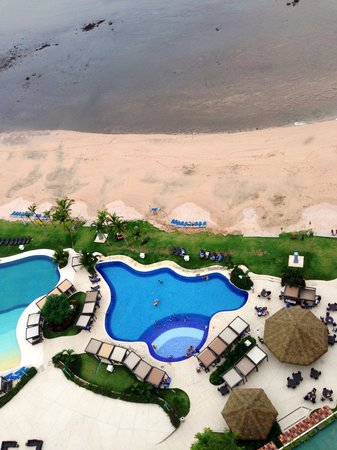 The Westin Playa Bonita Panama: Looking straight down from balcony. Beach super close :).