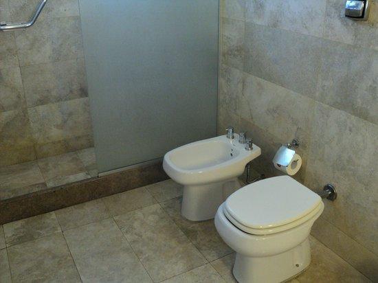 Urban Suites Recoleta Boutique Hotel: Banheiro