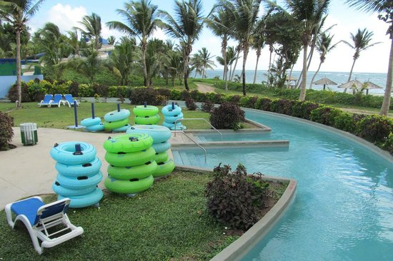 Coconut Bay Beach Resort & Spa: Lazy river