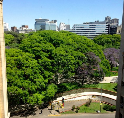 Plaza Hotel Buenos Aires: View from Plaza Hotel BA