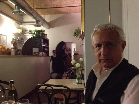 Caffe Novecento: Esperando...