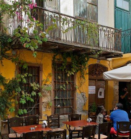 Merabello Apartments: Chania Old town