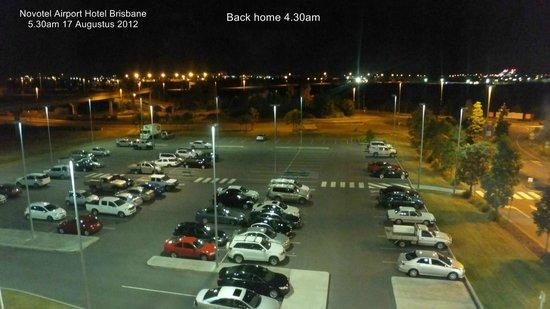 Novotel Brisbane Airport : Window view towards village complex