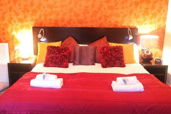 Victoria Park Hotel: room 2