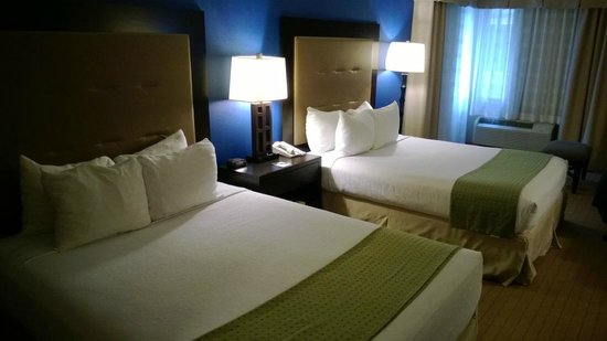 Holiday Inn Seattle Downtown: 2 queen-size beds