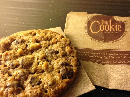 DoubleTree by Hilton San Francisco Airport: Mmmm Cookie