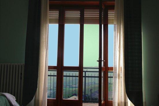 Agriturismo Albachiara : Вид на окрестности, не вставая с кровати