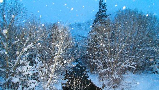 Mount Princeton Hot Springs Resort: Winter wonderland