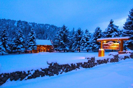 Mount Princeton Hot Springs Resort: Colorado welcoming!