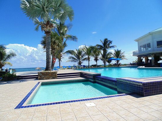 Divi Carina Bay All Inclusive Beach Resort: Kids Pool & Main Pool