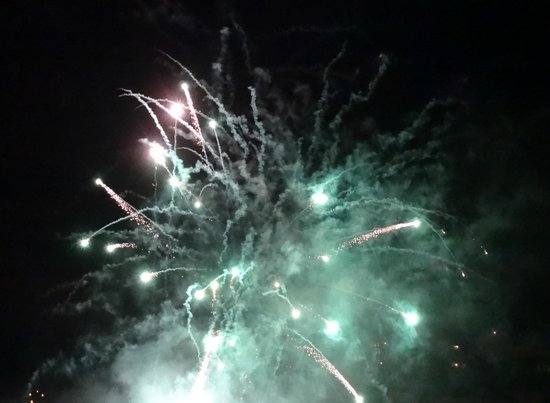 Bay Torbay Hotel: Fireworks at turkey and tinsel weekend (16.11.13)
