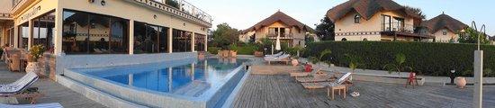 Les Alizes Beach Resort: piscine