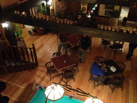 Lions Head Smoke & Brew Pub : Upstairs shot of the new floors! Looks so great