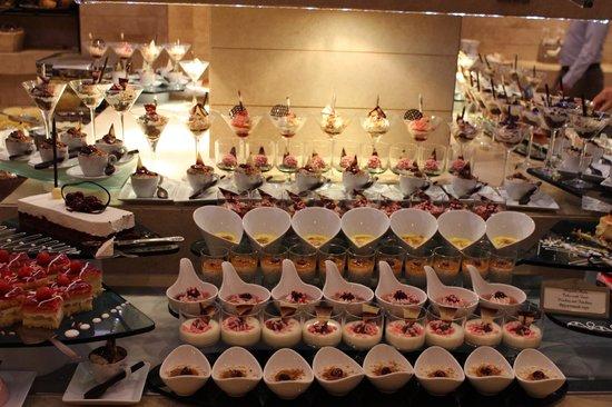 Gloria Golf Resort: Dinner buffet