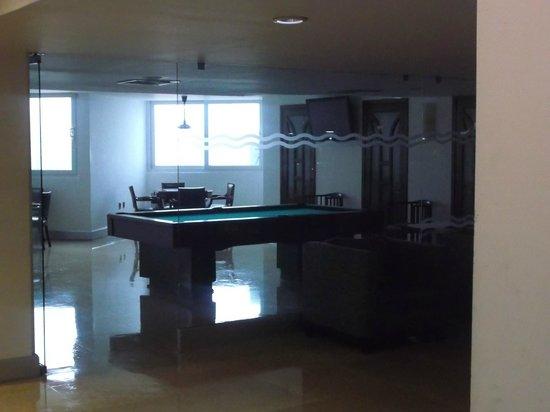 Hotel Lois: area de mesa de billar