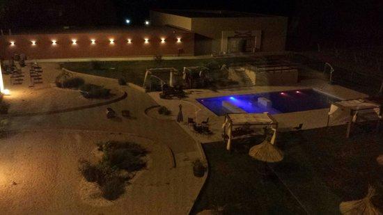 Fuente Mayor Hotel & Resort : Hermosa vista de la pile..