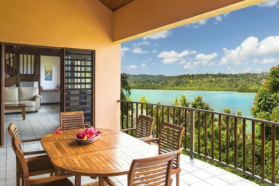 Poppy's on the Lagoon: 3 Bedroom Lagoon View Apartment