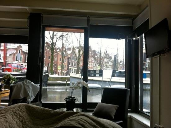 The Guest-Houseboat: the other boat from last years visit.  view from bed!
