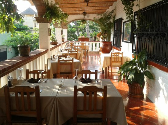 Le Provence : Intimate dining