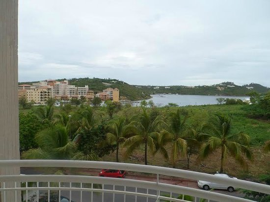 Sapphire Beach Club Resort: View of Bay