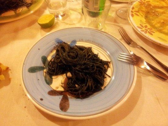 La Locandiera : spaghetti al nero di seppia
