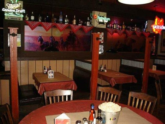 Brown Derby Road House: Dining Room