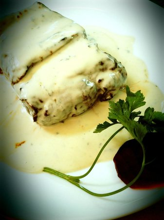 Vasku's Grill Vila Alice : Bife com molho Roquefort