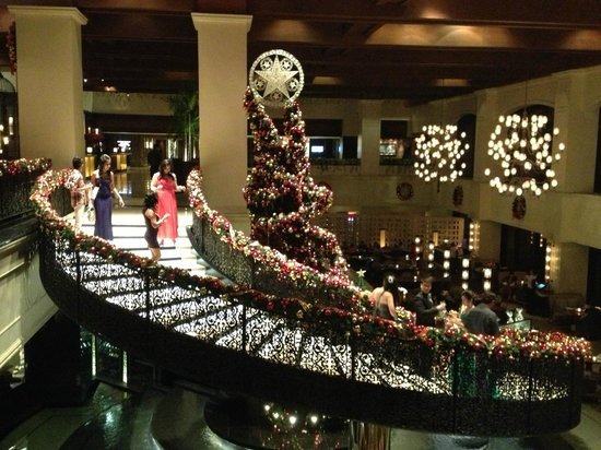 sofitel philippine plaza manila christmas decorations