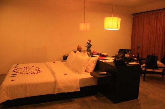 Bunwin Boutique Hotel : Cómoda cama en la amplia habitación