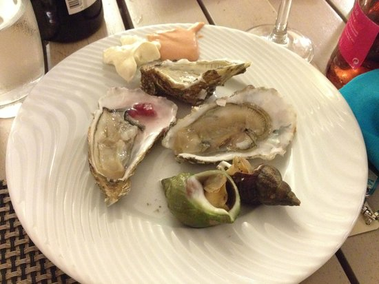 Club Med Da Balaia: Oysters (fish meat and veg in all sorts)