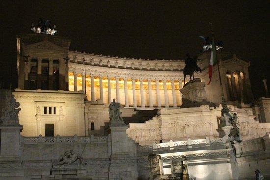 Roma dal Cielo   Terrazza delle Quadrighe: must see at night
