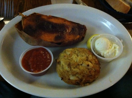 Captain's Table : The sweet potato was delicious and the crab cake was meaty with very little filler