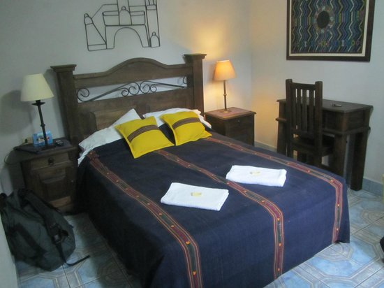 Hotel Casa Rustica: Perfectly ok, a little darker in real life