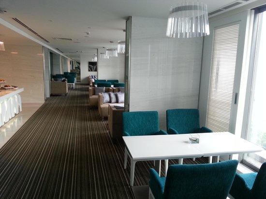 Novotel Saigon Centre Hotel: Executive Lounge