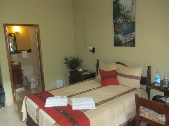 Comedor Mary & Hotel: Good-sized rooms with cute touches