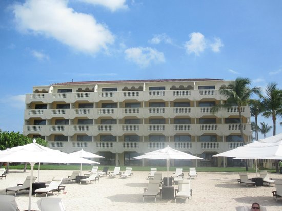 Bucuti & Tara Beach Resort Aruba: A View of the Tara Building from the beach