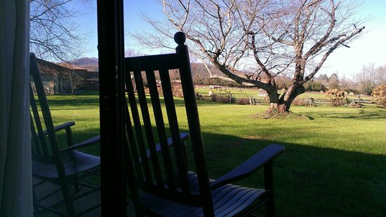 Dillard House : Rocking chairs for relaxing.