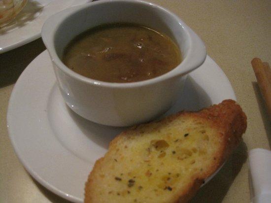 Paris Deli : french onion soup
