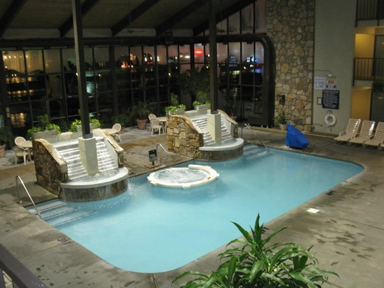 BEST WESTERN Plaza Inn: INDOOR POOL