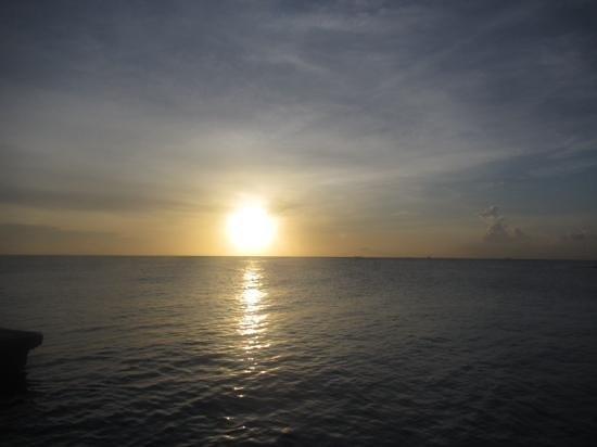 Jan Thiel Beach : atardecer romantico!