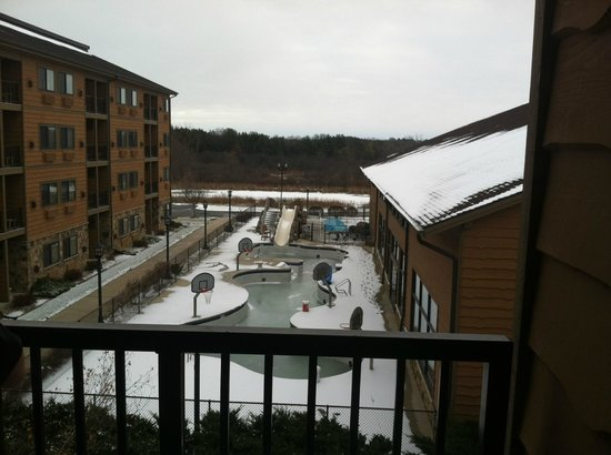 Timber Ridge Lodge & Waterpark: View from Room Balcony