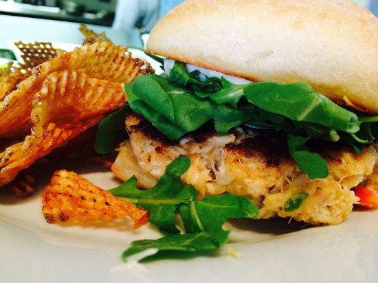 Blu' Island Bistro: Crab Cake sandwich w/ freshly made chips