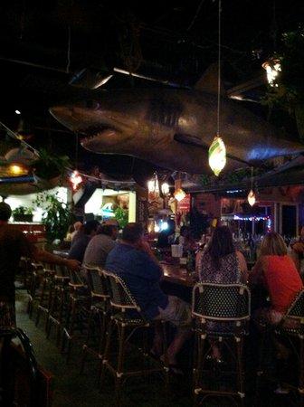 Johnny Longboats: bar area