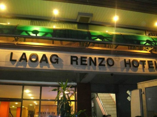 Laoag Renzo Hotel: Facade of the hotel