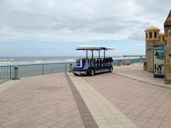 Limo Cycle Tours: Limo Cycle on Daytona Beach