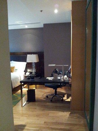 Renaissance Bangkok Ratchaprasong Hotel: Room